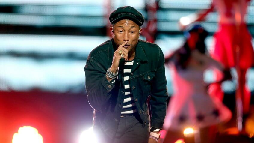 LOS ANGELES, CA - AUGUST 30:  Recording artist Pharrell Williams performs on the Pepsi Stage, during the 2015 MTV Video Music Awards, at The Orpheum Theatre on August 30, 2015 in Los Angeles, California.