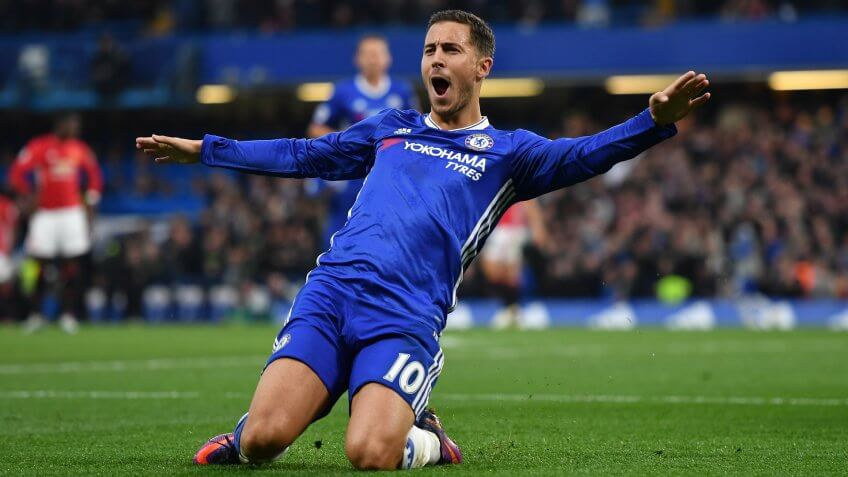 LONDON, ENGLAND - OCTOBER 23:  Eden Hazard of Chelsea celebrates scoring his sides third goal during the Premier League match between Chelsea and Manchester United at Stamford Bridge on October 23, 2016 in London, England.