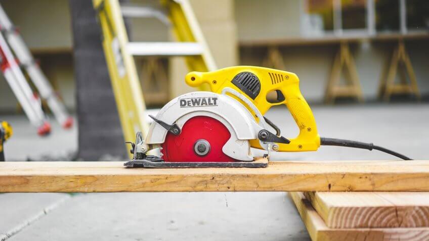 circle saw, power tools