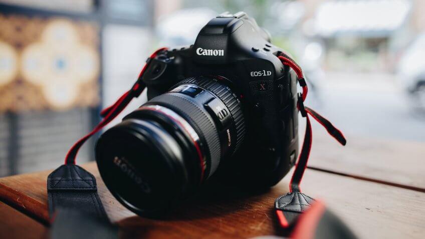 DSLR, camera