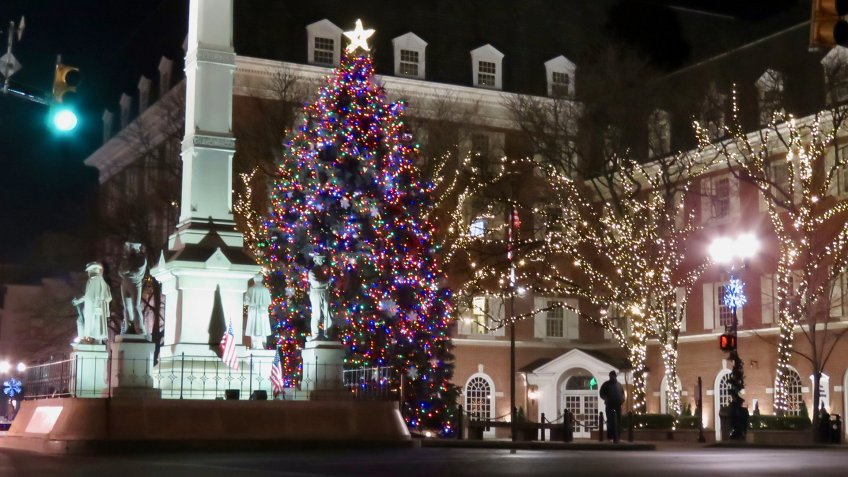Lancaster, PA, Penn Square, Christmas season at night.