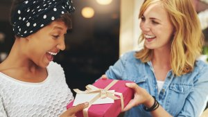 30 Gift-Giving Ideas for Tight Budgets
