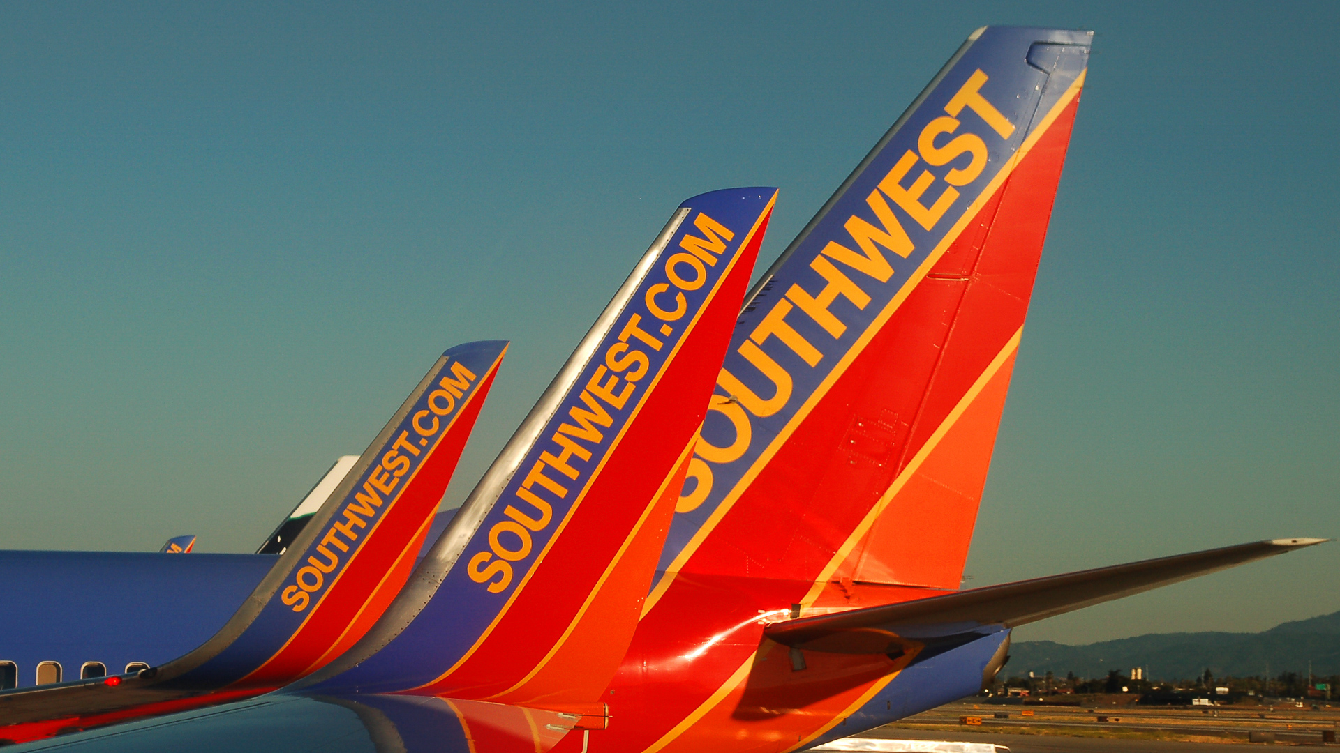 Southwest Airlines Rapid Rewards Credit Card: Earn Free Flights and ...
