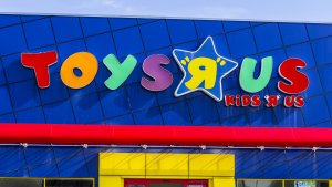 3 Ways to Pay Your Toys R Us Credit Card Bill
