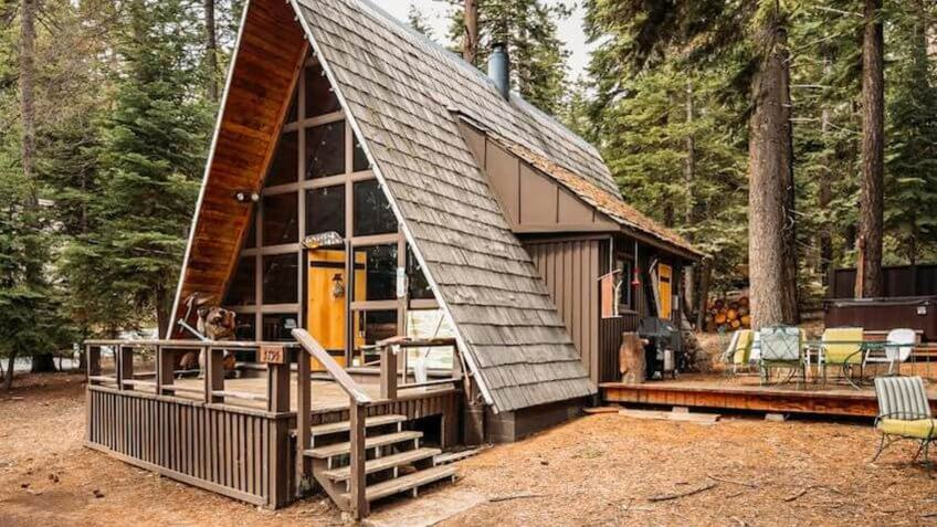 Luxury A-Frame Lake Tahoe Cabin with Hot Tub, California.