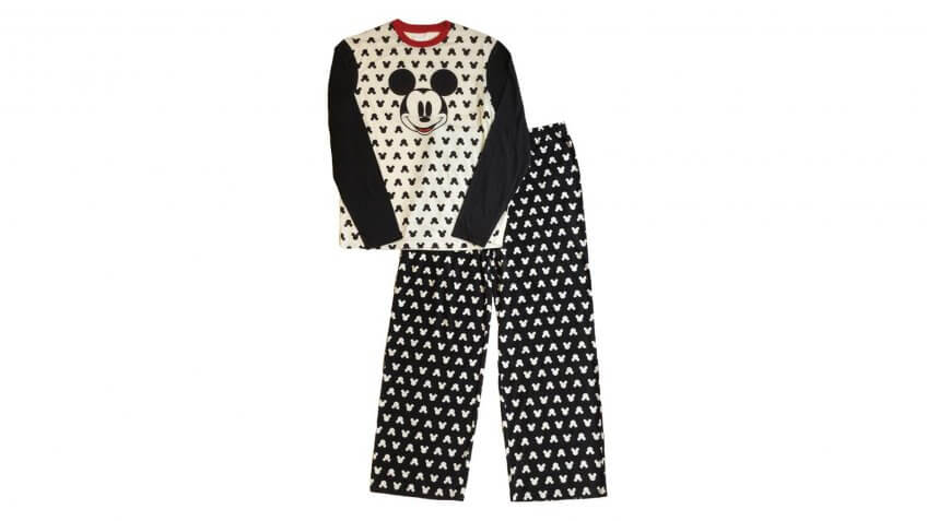 Get Cozy With These 30 Pajama Sets for Everyone in Your Family for ...