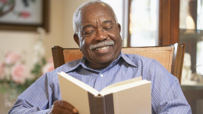 senior-retired-reading
