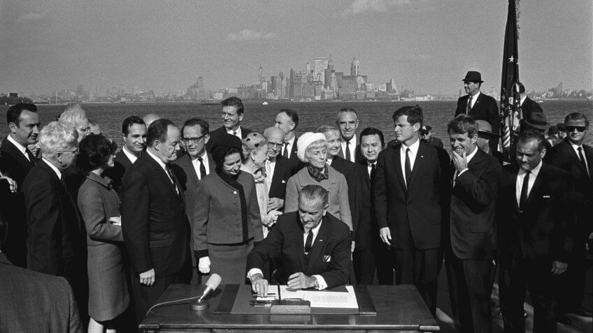 1965-Lyndon-B-Johnson-Signing