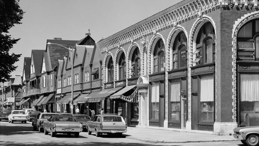 1970-Audrain-Building-Newport-RI