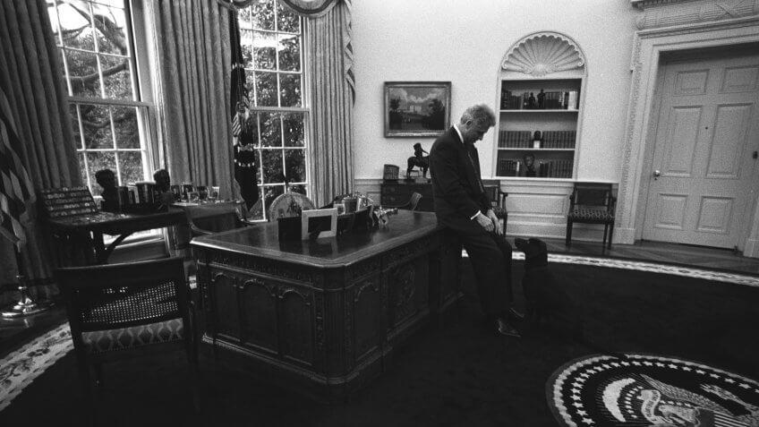 1999-President-Clinton-Buddy-the-Dog