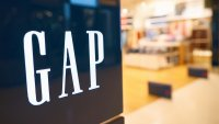 3 Ways to Make a Gap Card Payment