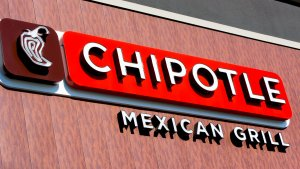 Chipotle Stock Ends 2017 on a Low After a Tumultuous Year