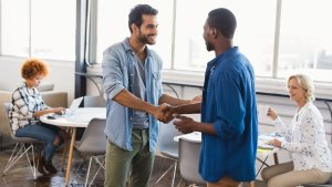 15 Tips to Create Meaningful Relationships at Work