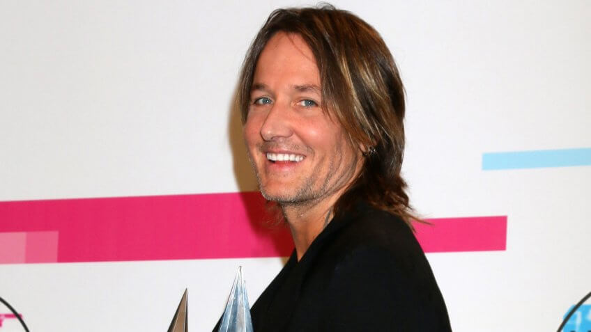 Keith Urban at the American Music Awards 2017 at Microsoft Theater on November 19, 2017 in Los Angeles, CA.