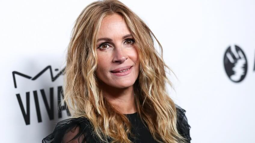 Julia Roberts amfAR Inspiration Gala, Arrivals, Los Angeles, USA - 13 Oct 2017.