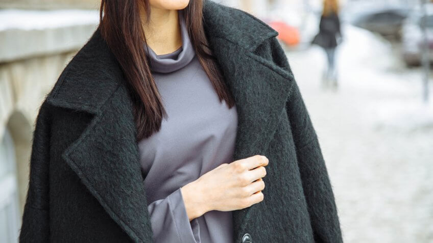 30 Clothing Items Every Working Woman Needs