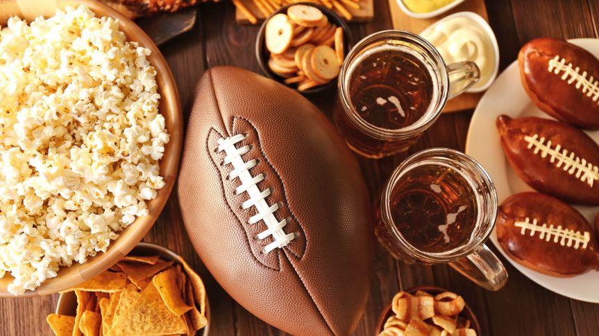 Game-day-snacks-football