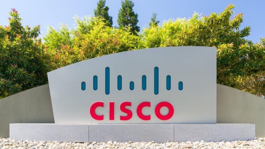 SAN JOSE, CA/USA - JULY 30, 2017: Cisco corporate headquarters and logo.