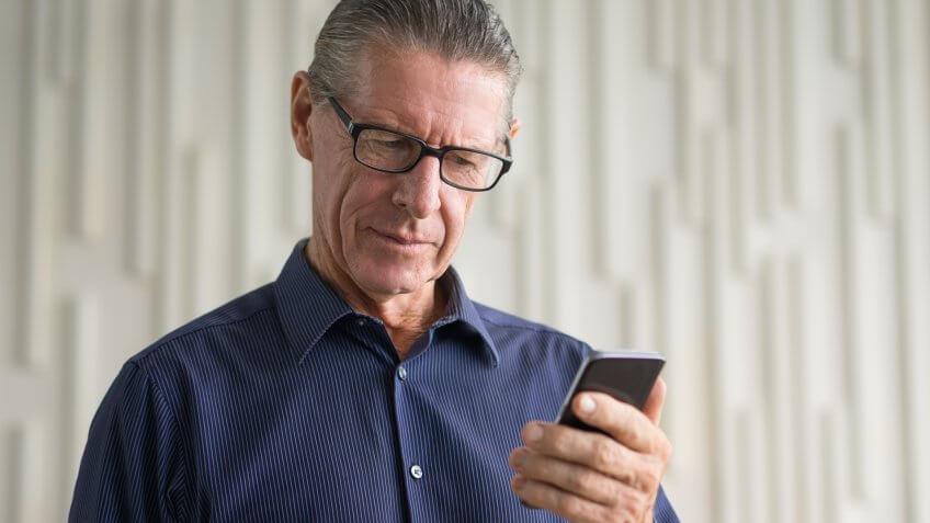 MAN, concerned, elderly, senior, smartphone