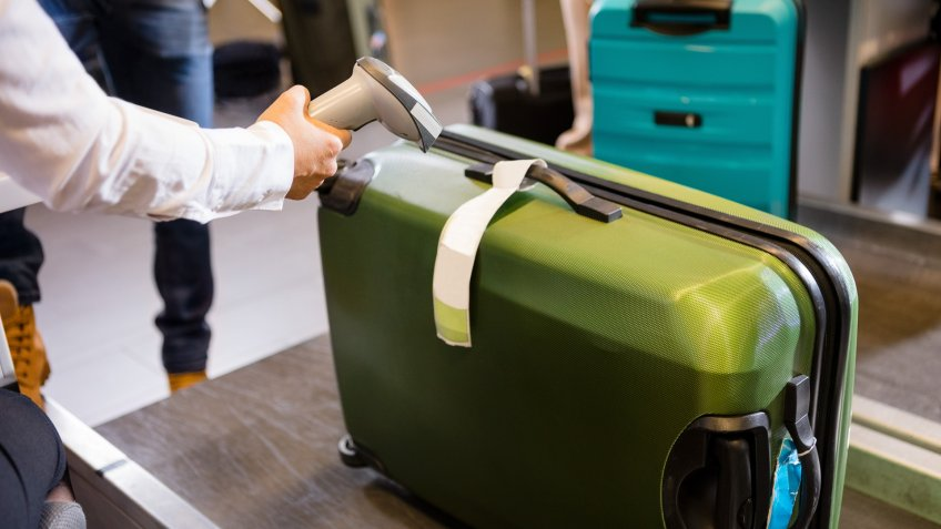 luggage-microchips-checked-baggage