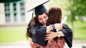 Prepare for Your Kid's Education With the Best College Savings Plans