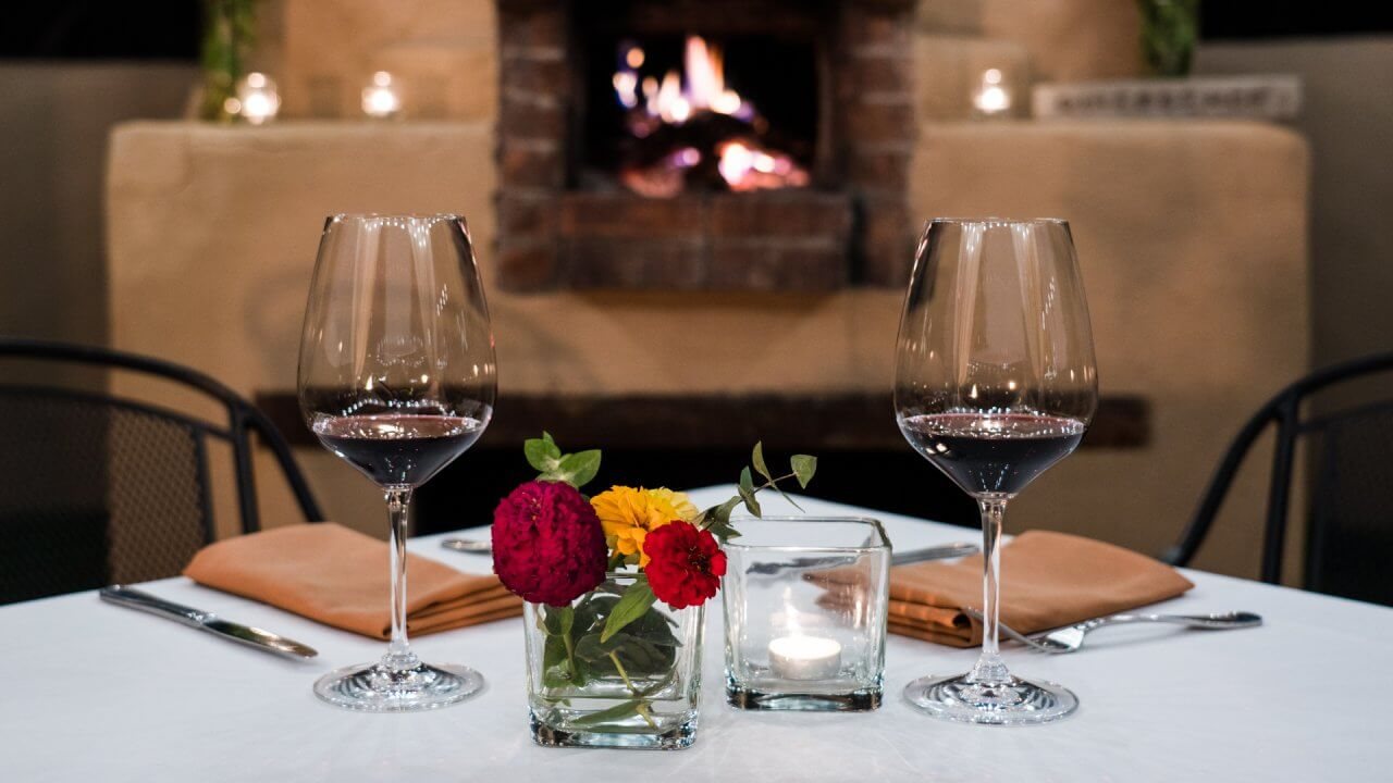 Your Cost to Dine at the Most Romantic Restaurants in America
