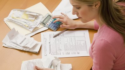 How to Save Money When Filing Taxes
