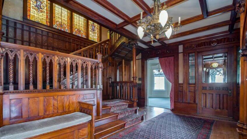 The Goldberg Mansion