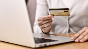 Using Credit Cards to Improve Your Credit