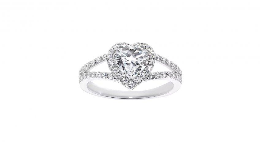14-Karat White Gold 1 3/8-Carat Heart-Cut Cubic Zirconia Engagement Ring