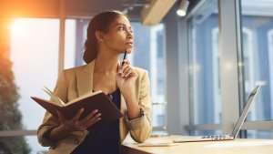 5 Ways to Make Sure You Stick to Your Career Goals