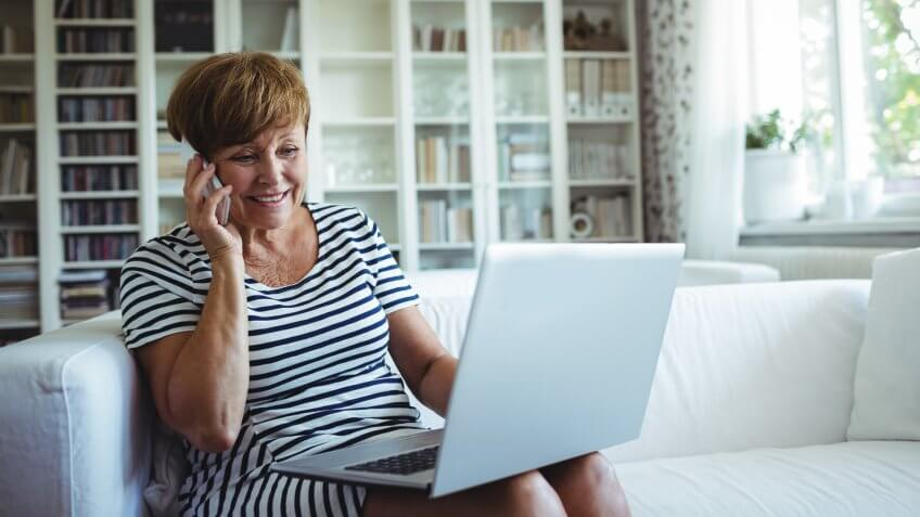 retired woman cancelling subscription