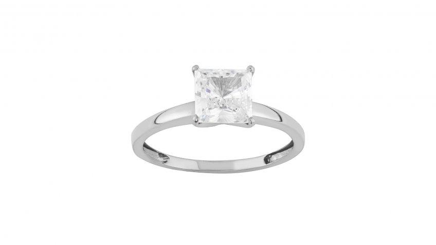 10-Karat Gold Cubic Zirconia Solitaire Engagement Ring