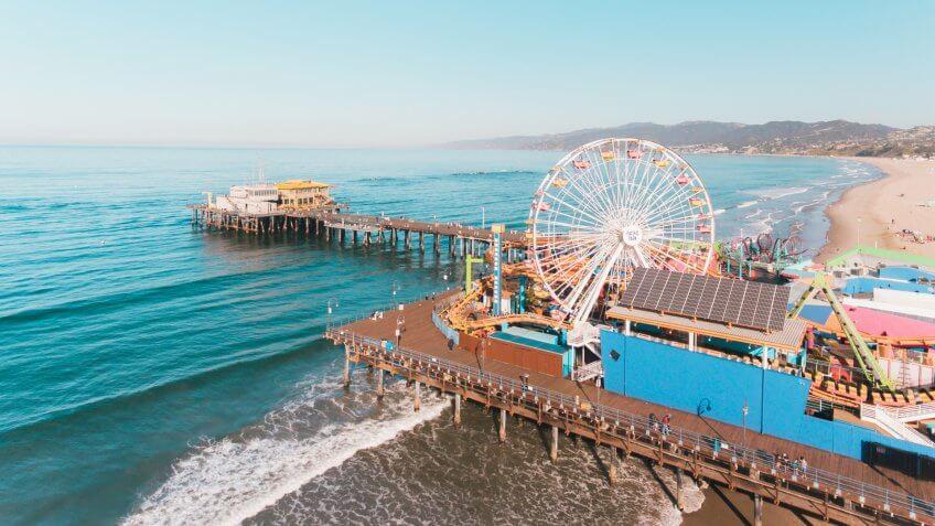 CALIFORNIA, Santa Monica, Santa Monica Pier, beachside