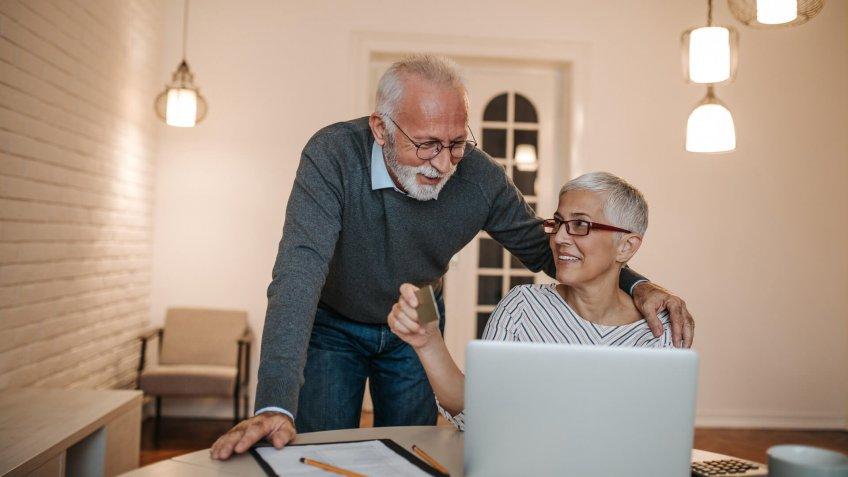 couple, laptop, seniors