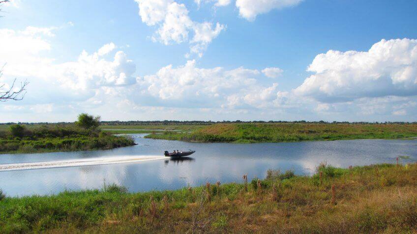 Glades-County-Florida-Lake-Okeechobee
