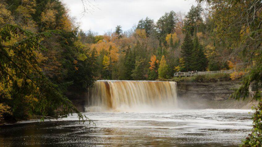 Luce-County-Michigan-Tahquamenon-Falls