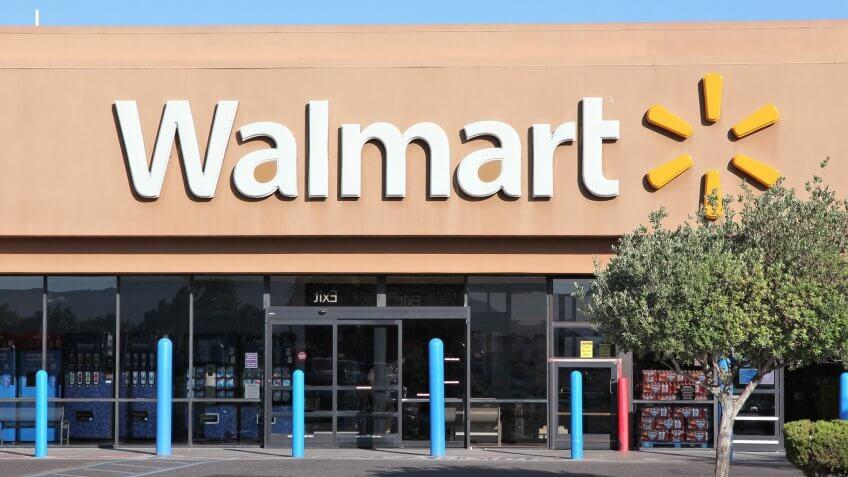 7 Stores That Cash Checks   GOBankingRates