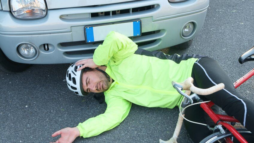 aching-man-after-bicycle-accident