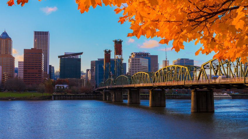 View of Portland, Oregon overlooking the willamette river on a Fall Afternoon.