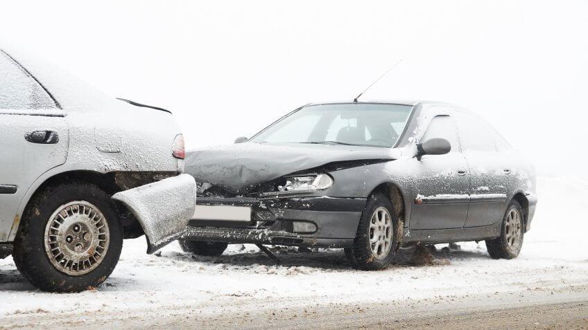 car-crash-ca-accident-snow-road