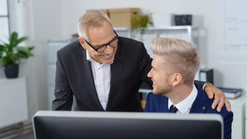 12 Ways to Make It Work With a Bad Boss | GOBankingRates