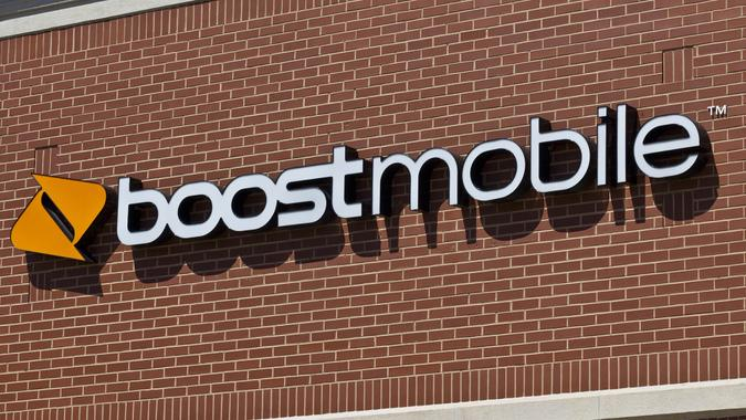 Indianapolis - Circa June 2016: Boost Mobile Cell Phone Retail Location.