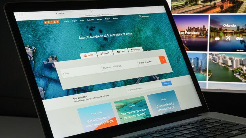 Kayak website homepage