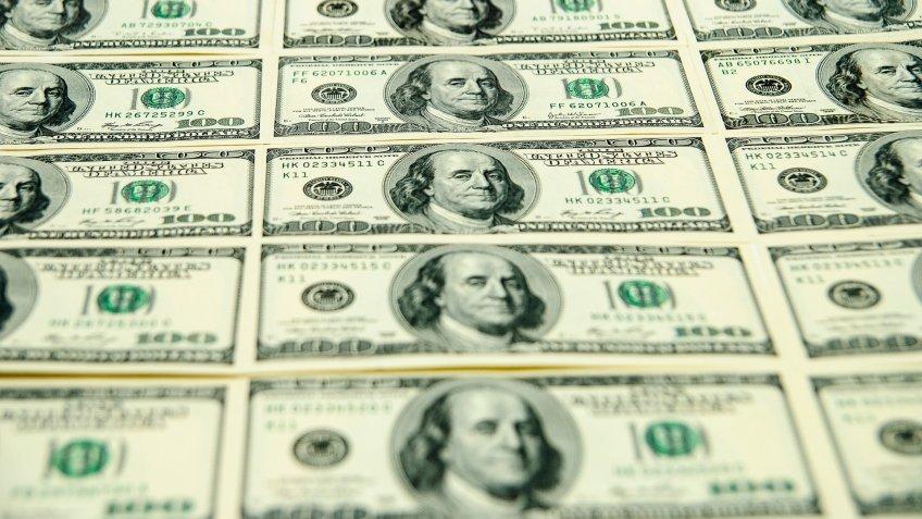 One-Hundred-Dollar-Bills-budget