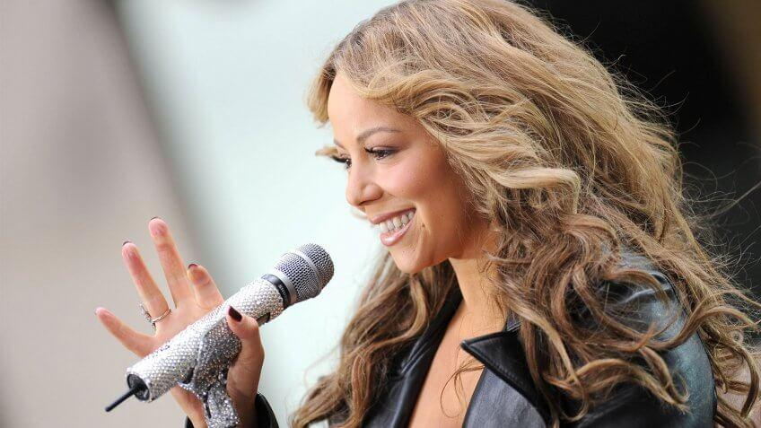 Mariah Carey on stage for NBC Today Show Concert with Mariah Carey, Rockefeller Plaza, New York, NY October 2, 2009.