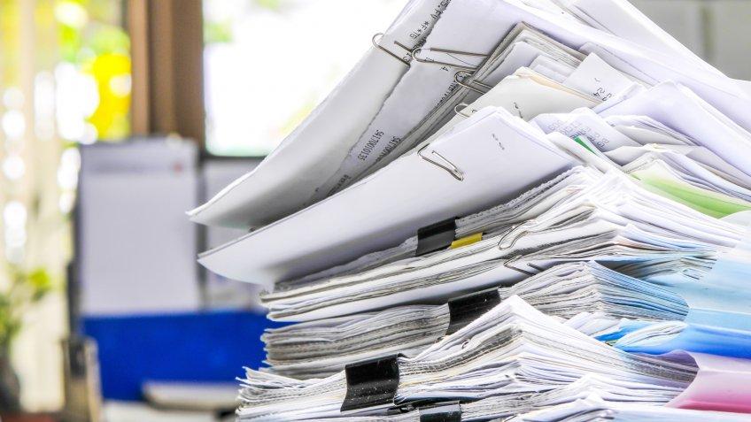 disorganized-paperwork