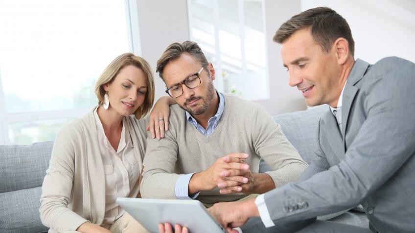insurance-sales-agent