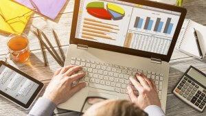 3 Safe Stocks for First-time Investors