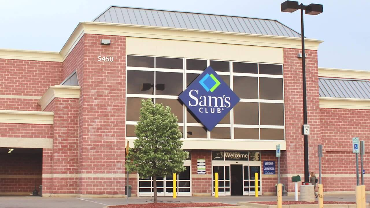 3 ways to save money at sams club gobankingrates - Is Sams Club Open On Christmas Eve